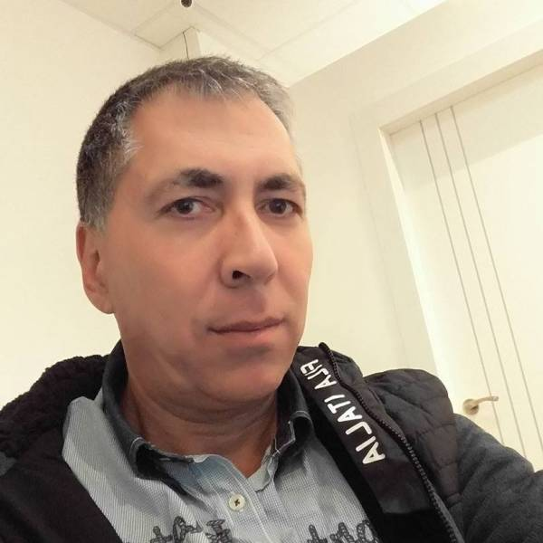 Гарик Мазор