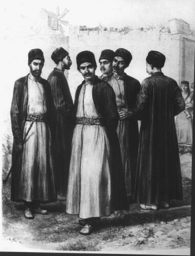 древняя немногочисленная тюркская народность, исповедующая караизм.